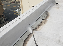 工場の屋上防水工事